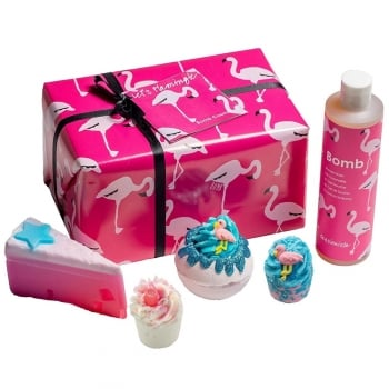 Bomb Cosmetics Let's Flamingle Gift Pack