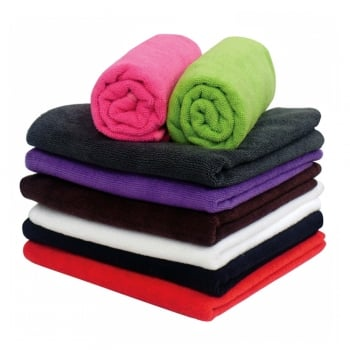 Dennis Williams Microfibre Red Towel Dozen 45cm x 85cm